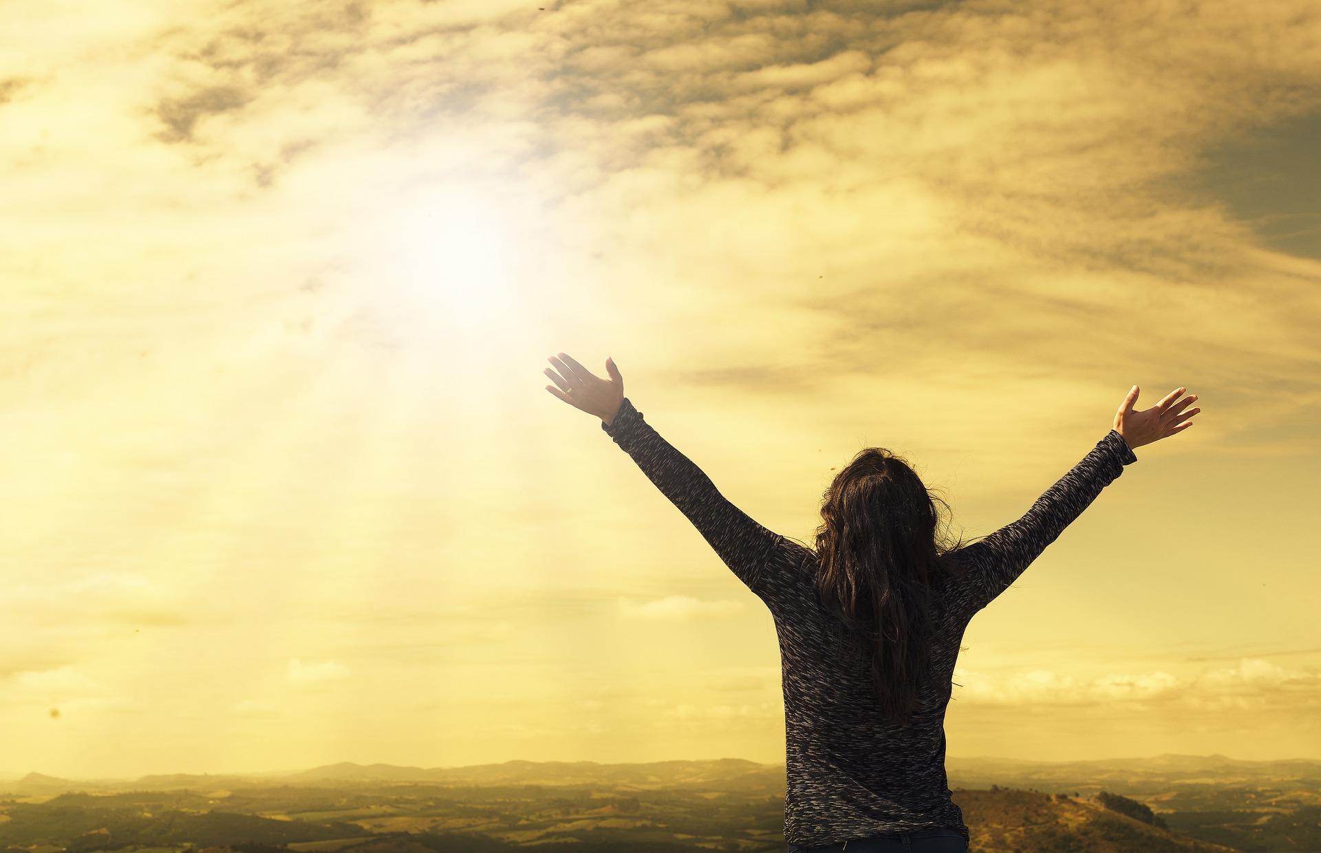 Dios nos defiende: el miedo tendrá que huir.